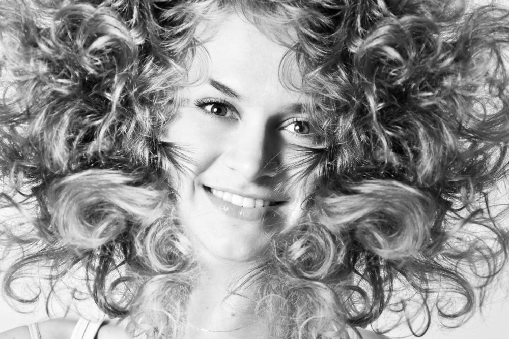 Foto articoli capelli ricci sfoltiti