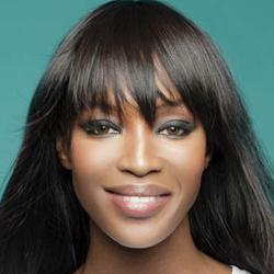 Acconciatura afro Naomi Campbell