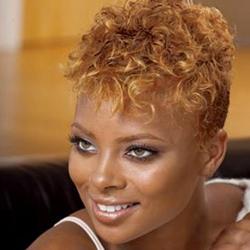taglio capelli afro rasato