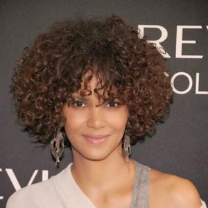taglio capelli afro corto medio