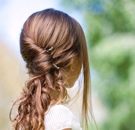 capelli semi raccolti