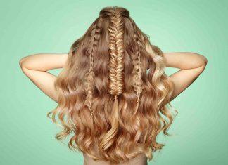 capelli ricci raccolti